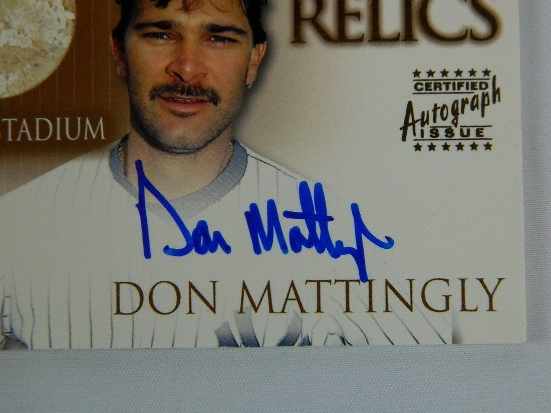 2000 Topps Stadium Relics #Sr1 Don Mattingly - 2