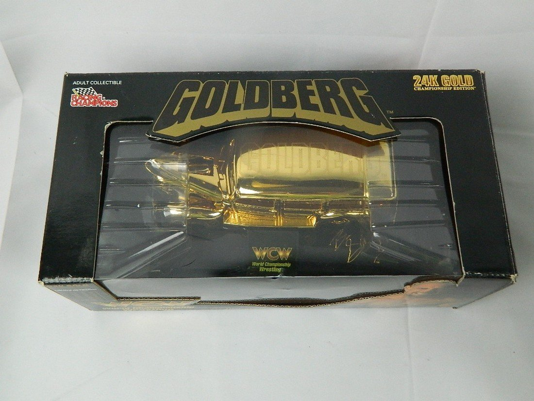 WCW Bill Goldberg 1:24 24K Gold Die Cast Car - 4