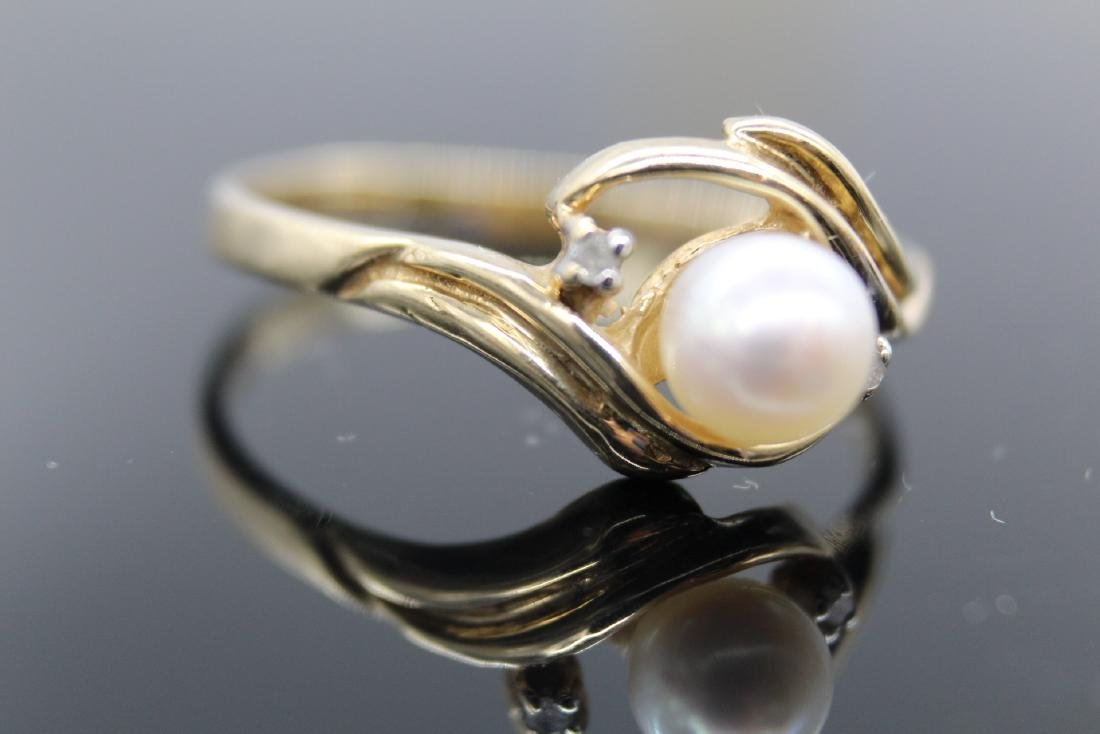 10K Yellow Gold Pearl & Diamond Ring - 2