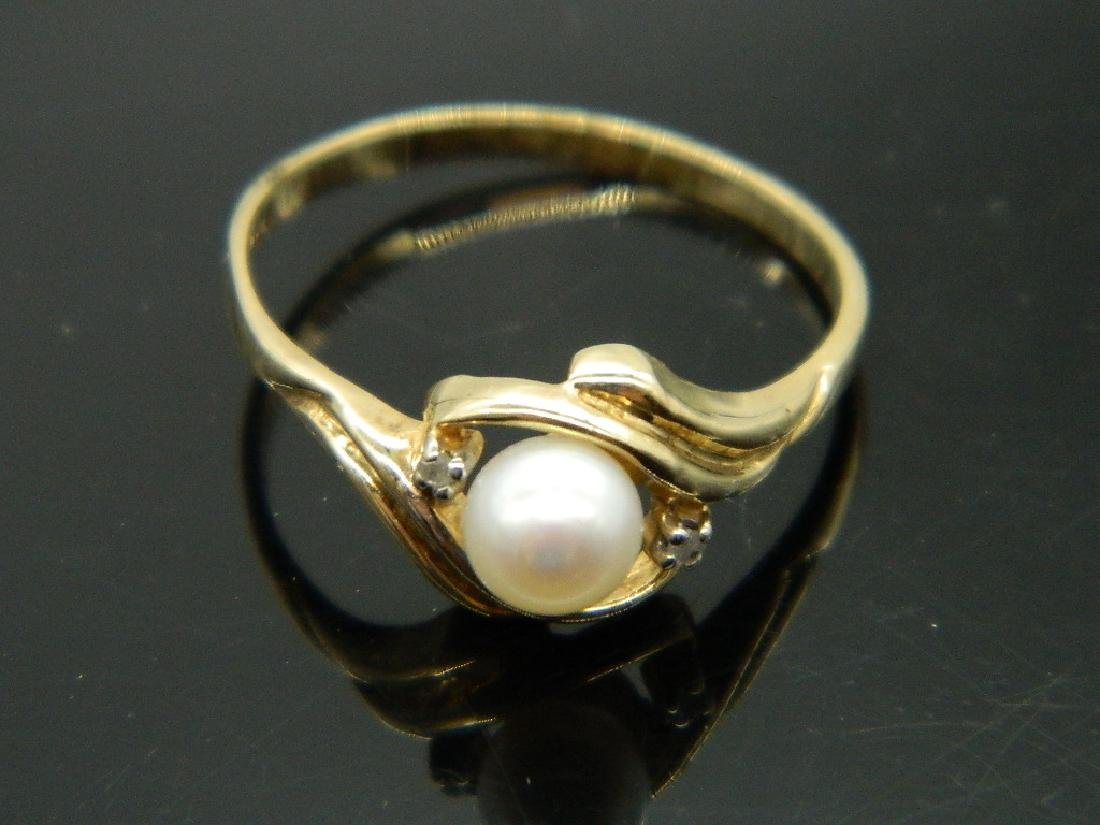 10K Yellow Gold Pearl & Diamond Ring - 3