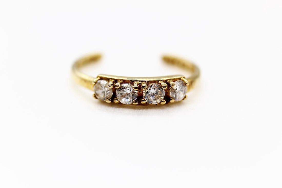 10K Yellow Gold & White Topaz Toe Ring