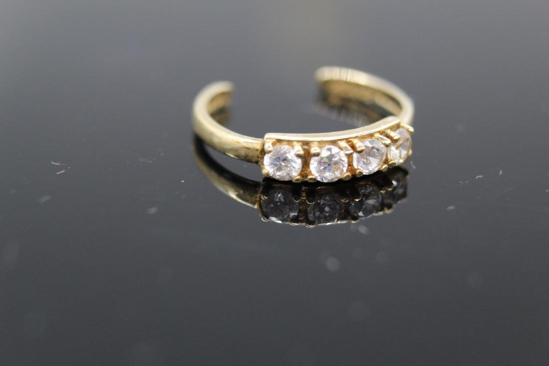 10K Yellow Gold & White Topaz Toe Ring - 2