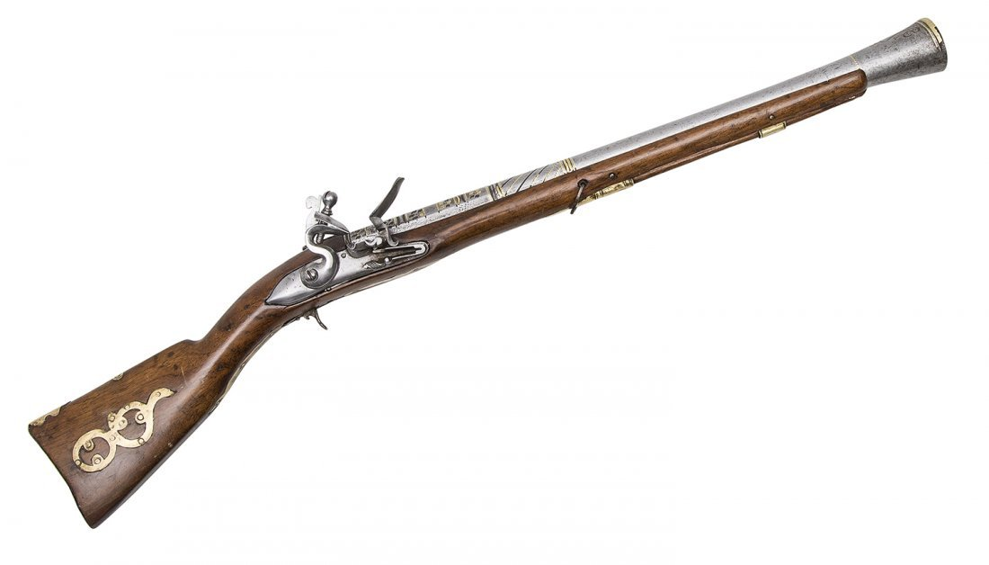 EARLY 1800 EASTERN BLUNDERBUSS WITH BRASS MOUNTS