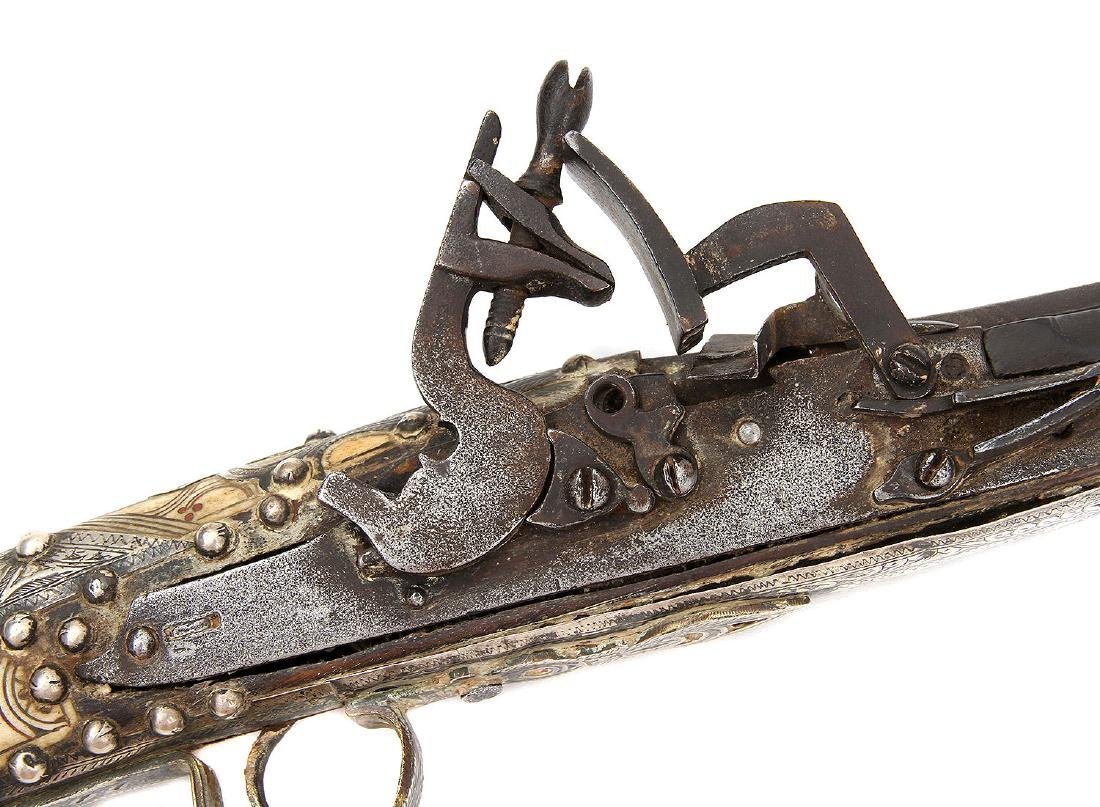 19TH C. MOROCCAN SNAPHAUNCE RIFLE IN SILVER MOUNTS - 9