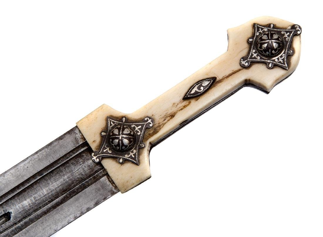 CAUCASIAN GEORGIAN DAGGER WITH SILVER INLAY, 19TH C. - 3