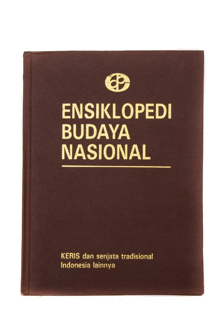 ENSIKLOPEDI BUDAYA NASIONAL. KERIS DAN SENJATA