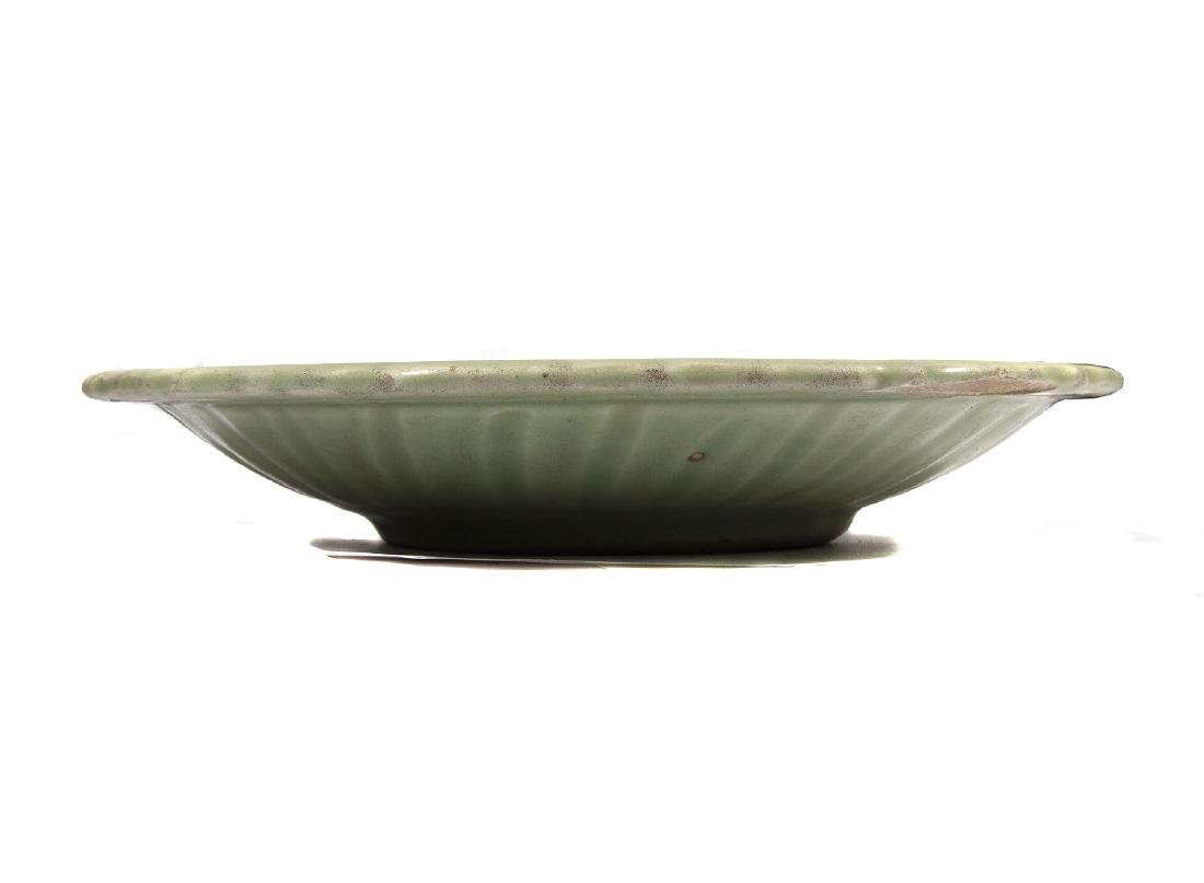 LARGE CELADON GREEN PLATE, CHINA, 18TH C. - 2