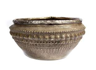BURMESE OR LAOS SILVER HAMMERED BOWL 19TH C