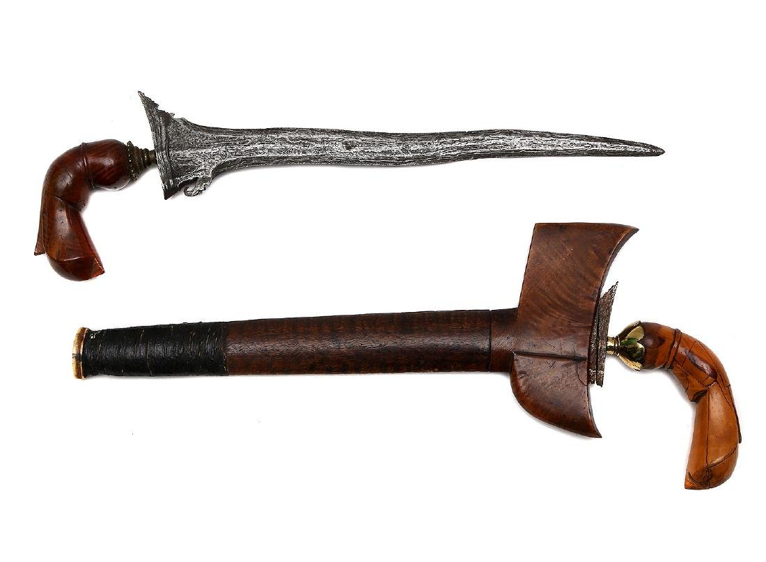 SET OF TWO MORO KRIS DAGGERS