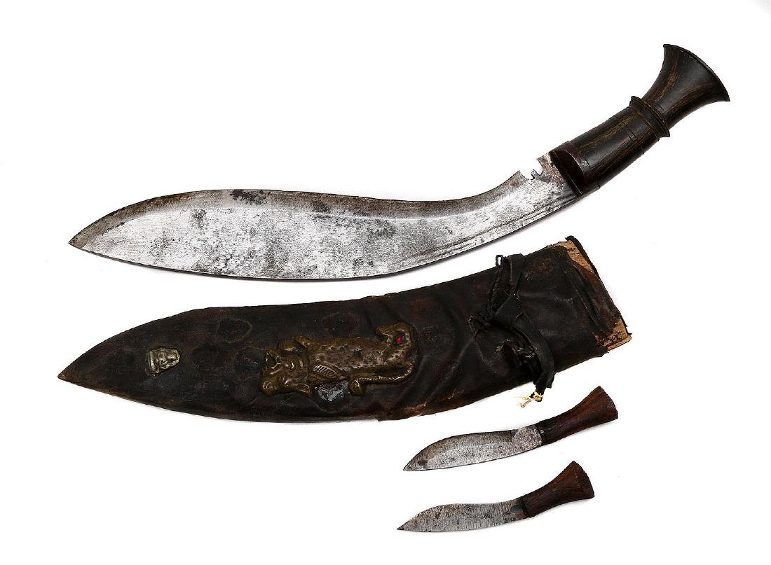 LARGE KUKRI KNIFE WITH HORN GRIP - 3