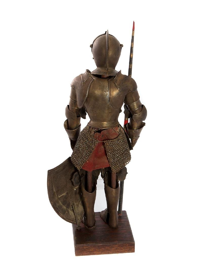 MINIATURE SET OF MEDIEVAL ARMOR, 19TH C. - 2