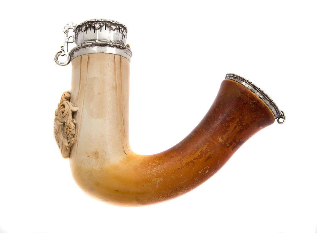 MEERSCHAUM PIPE WITH FAMILY CREST AND CROWN, CA. 1810
