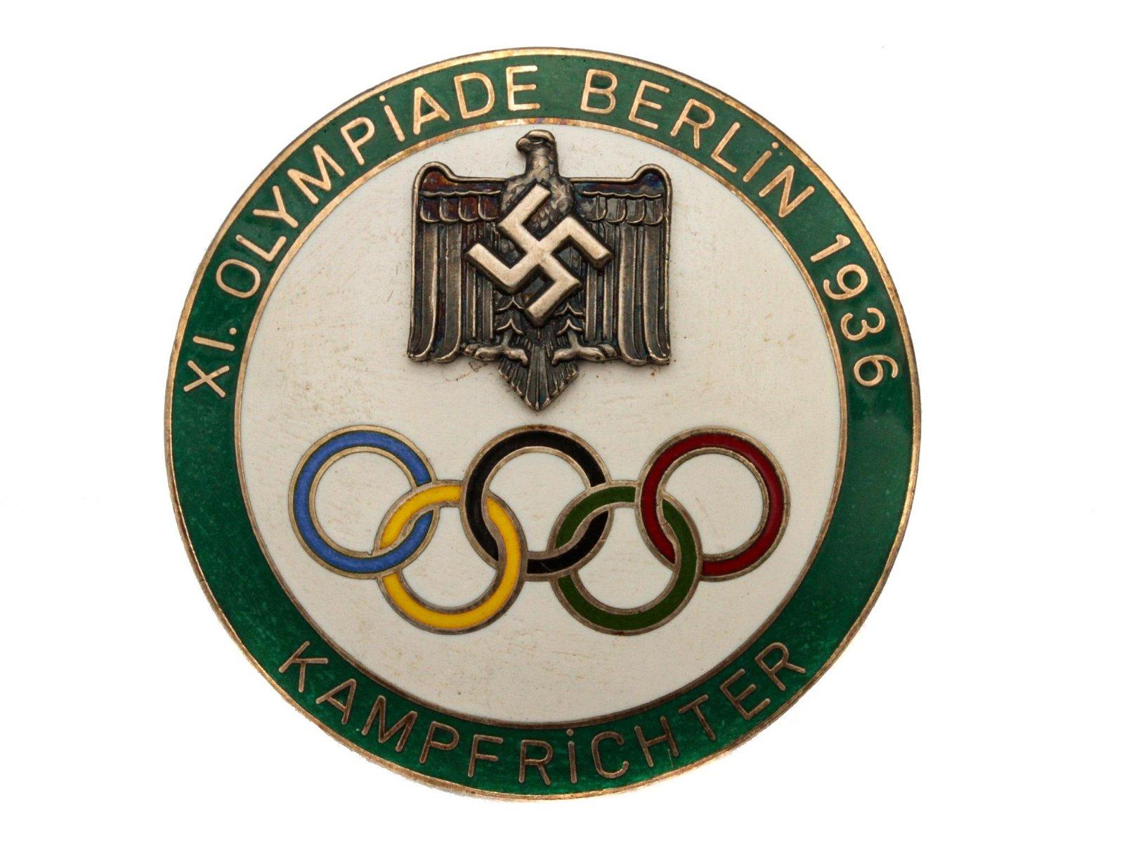 A GERMAN 1936 OLYMPIC JUDGE'S BADGE