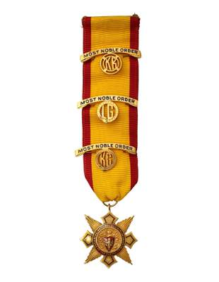 14K GOLD NATIONAL SOCIETY OF THE DAUGHTERS DADGE