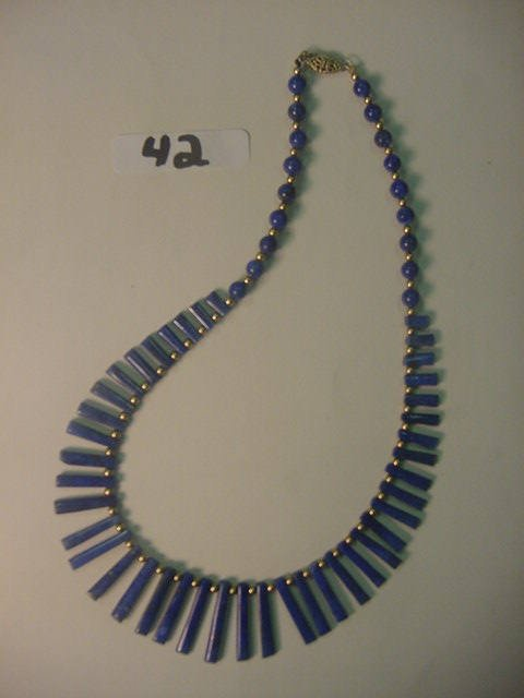 42: Gorgeous 16 inch lapis necklace