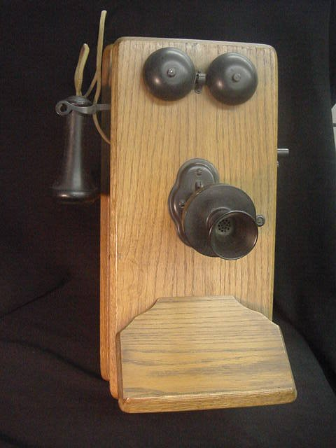 169: ANTIQUE WOOD CRANK WALL TELEPHONE