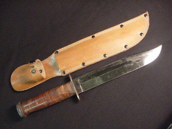 407: WESTERN WWII COMBAT KNIFE  w/ SHEATH