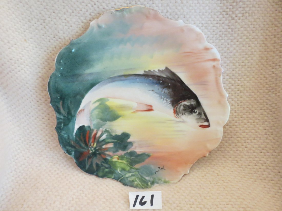 "2 pcs. Fish plates signed ROCH 11"" W Made by: Flambeau - 6"