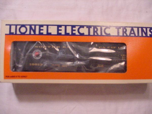 302: Lionel 19813 Northern Pacific Ice Car MIB.