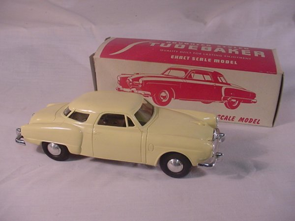 723: Studebaker Scale Model.Made by Alum.Model Toys.Win