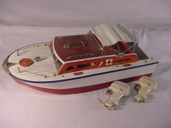 747: Battery Operated Boat with 2 Johnson motors 15 1/2