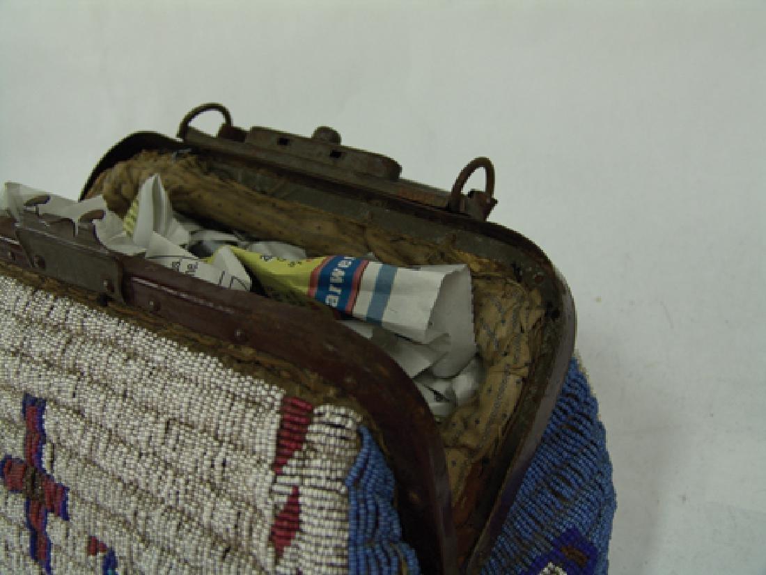 Sioux Fully Beaded Bag - 9