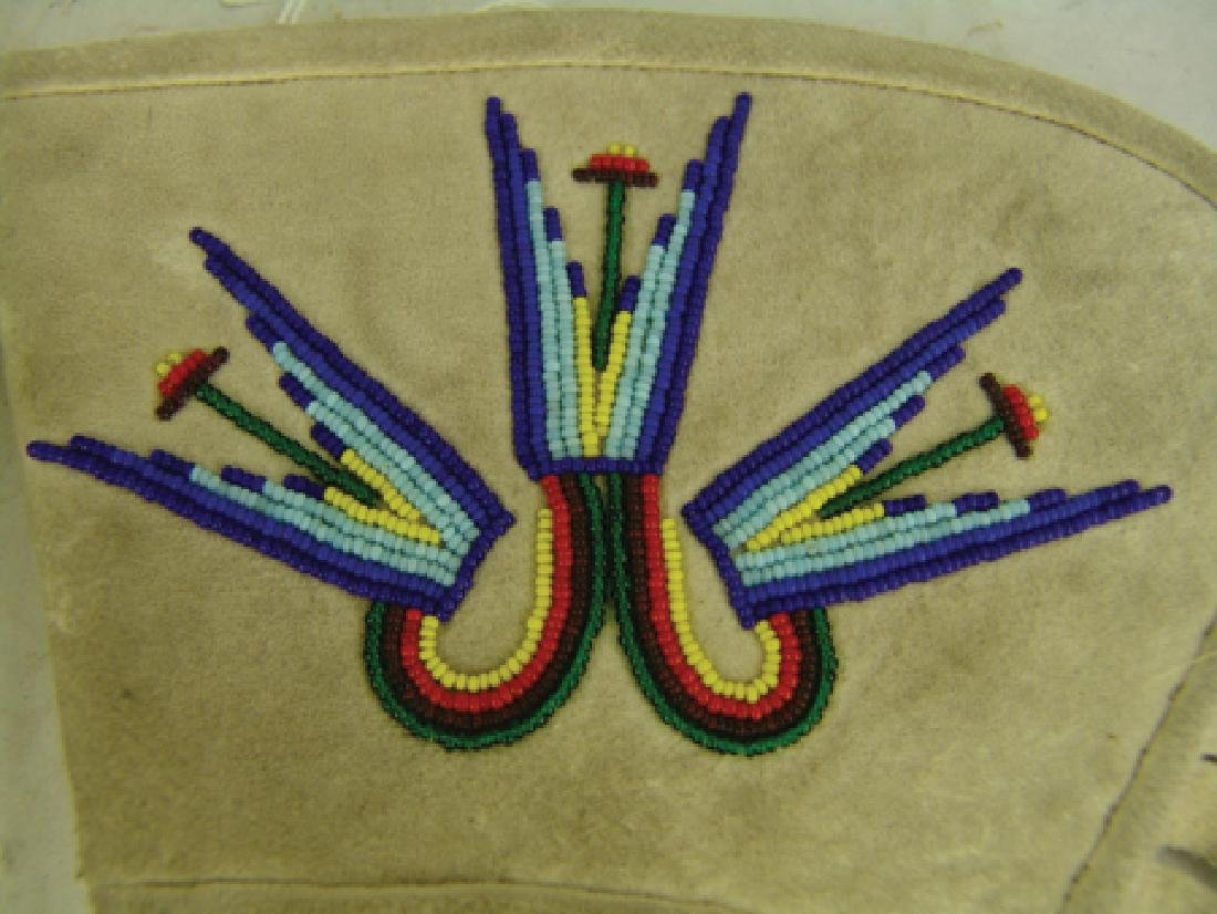 Paiute Beaded Gauntlets - 4