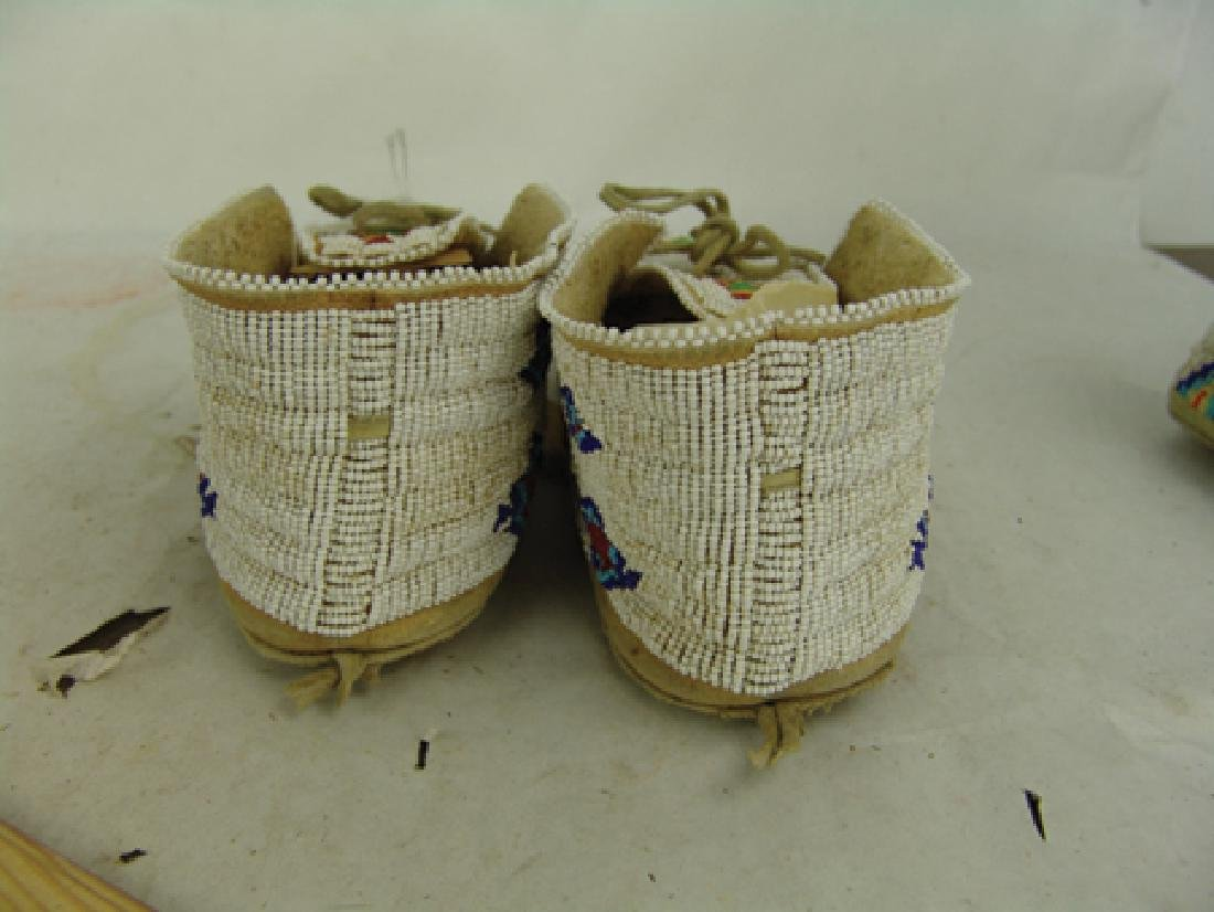 Northern Cheyenne Beaded Moccasins - 7