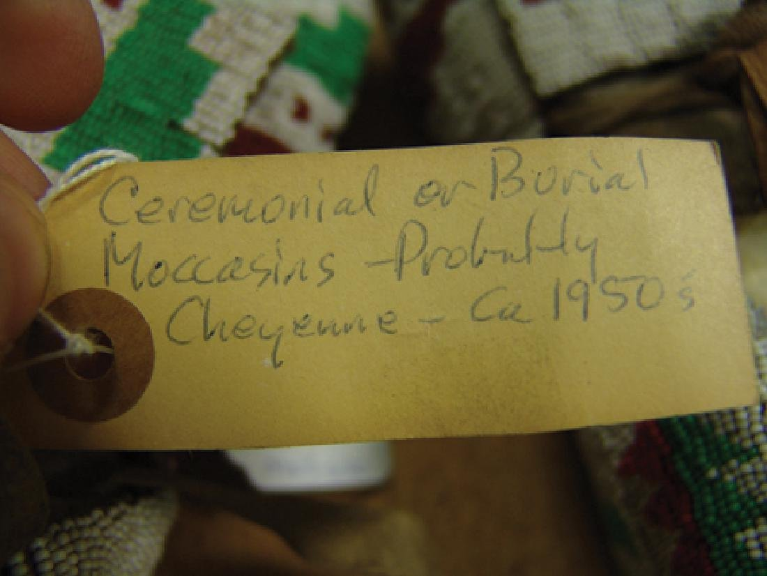 Cheyenne Beaded Moccasins - 8