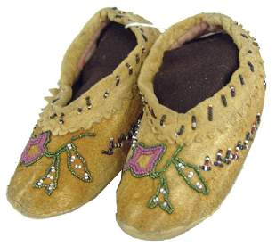 Cree Beaded Childs Moccasins