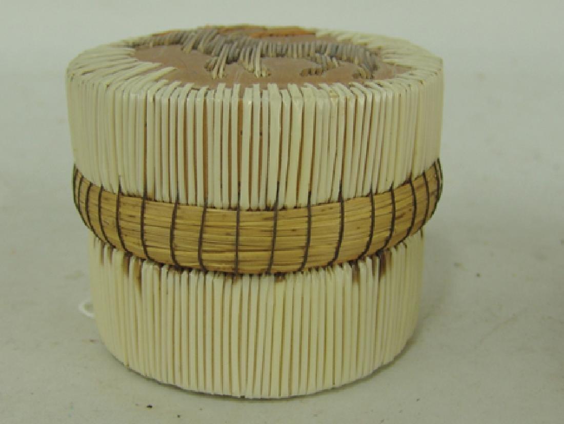 2 Iroquois Baskets - 5