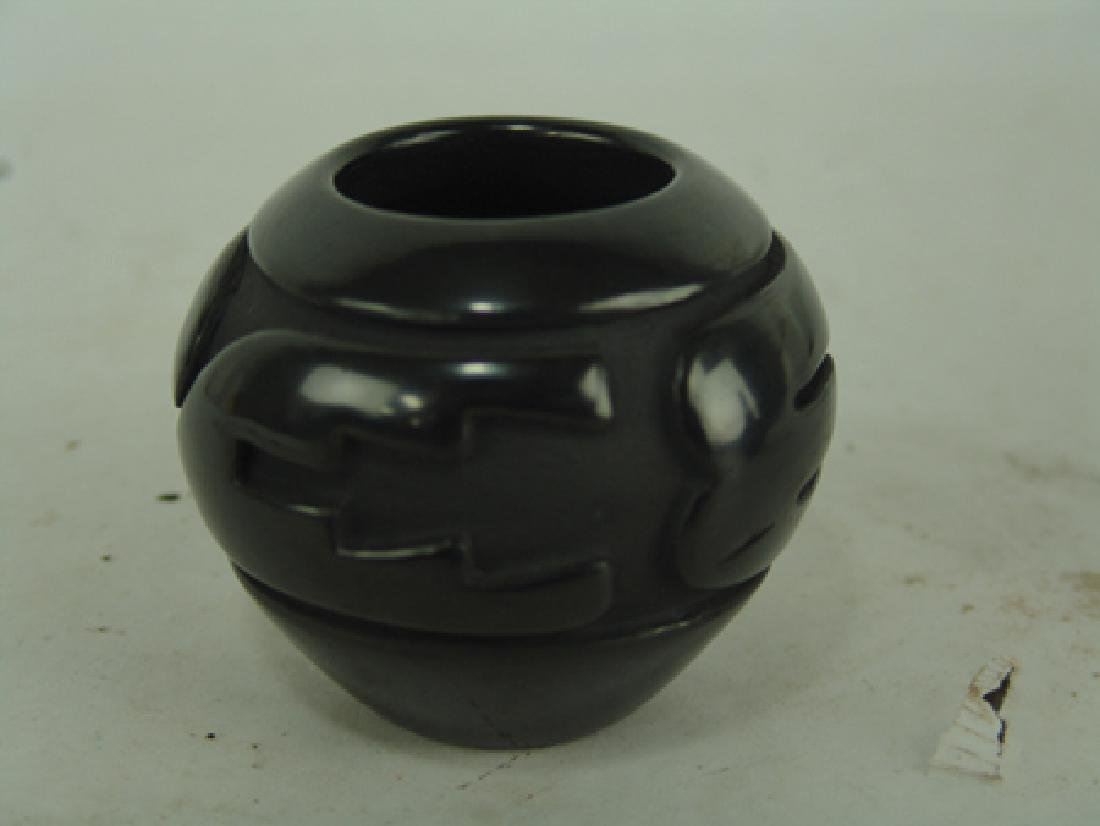 Santa Clara Pottery Jar - Sunday Chavarria - 2