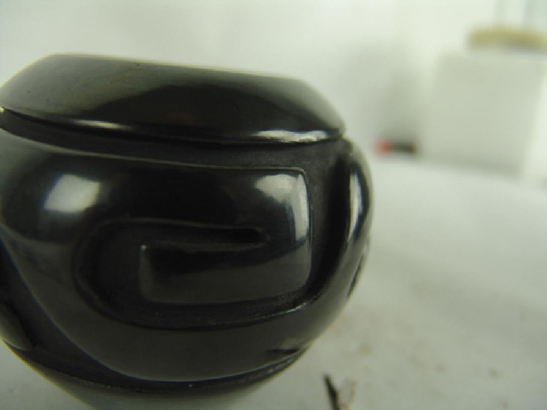 Santa Clara Pottery Jar - Sunday Chavarria - 5