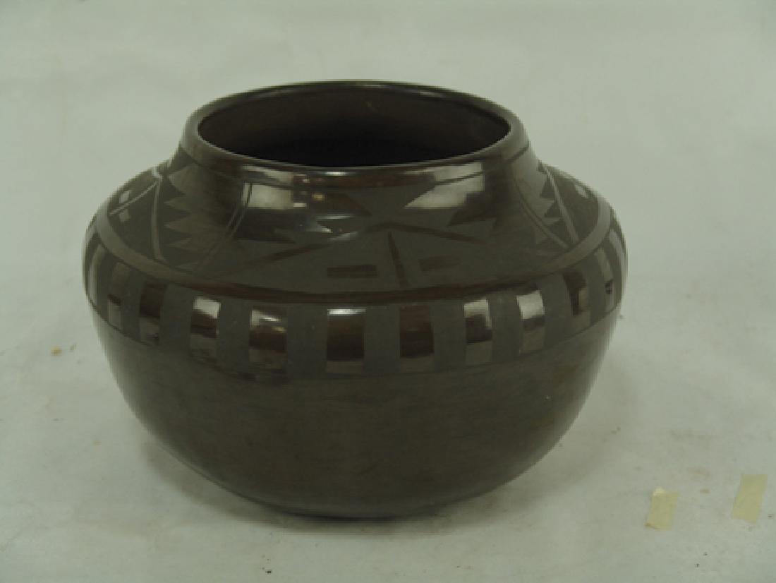 San Idefonso Pottery- Carmelita Dunlap (1925-2000) - 2