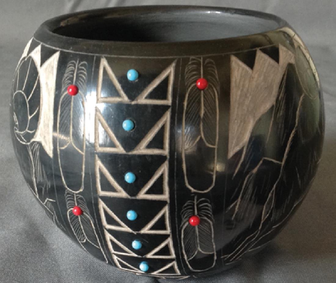 Santa Clara/Sioux Pottery - Norman Red Star - 2