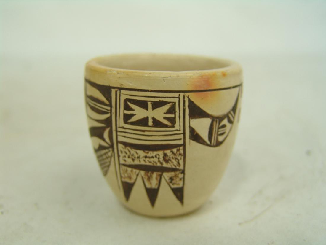 Hopi Pottery Jar - (Dextra Quotskuyva) Nampeyo - 2