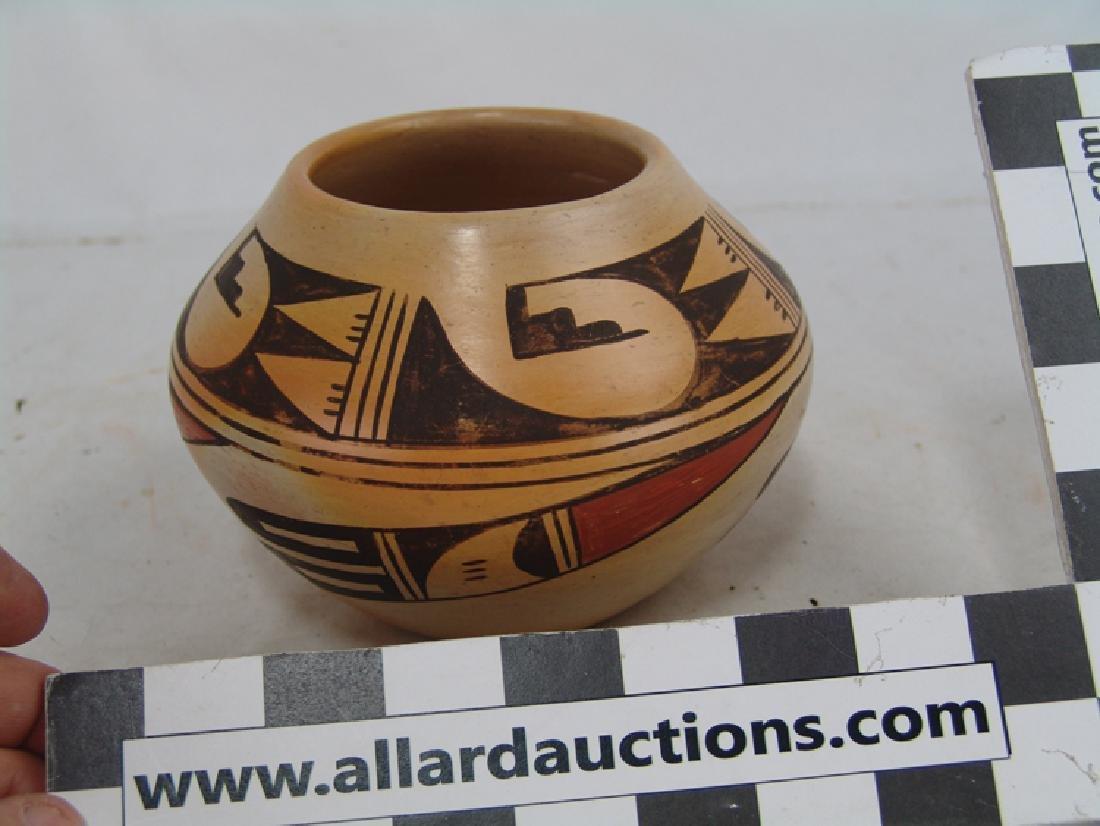 Hopi Pottery Jar - Ethel Youvella (1909-2006) - 4