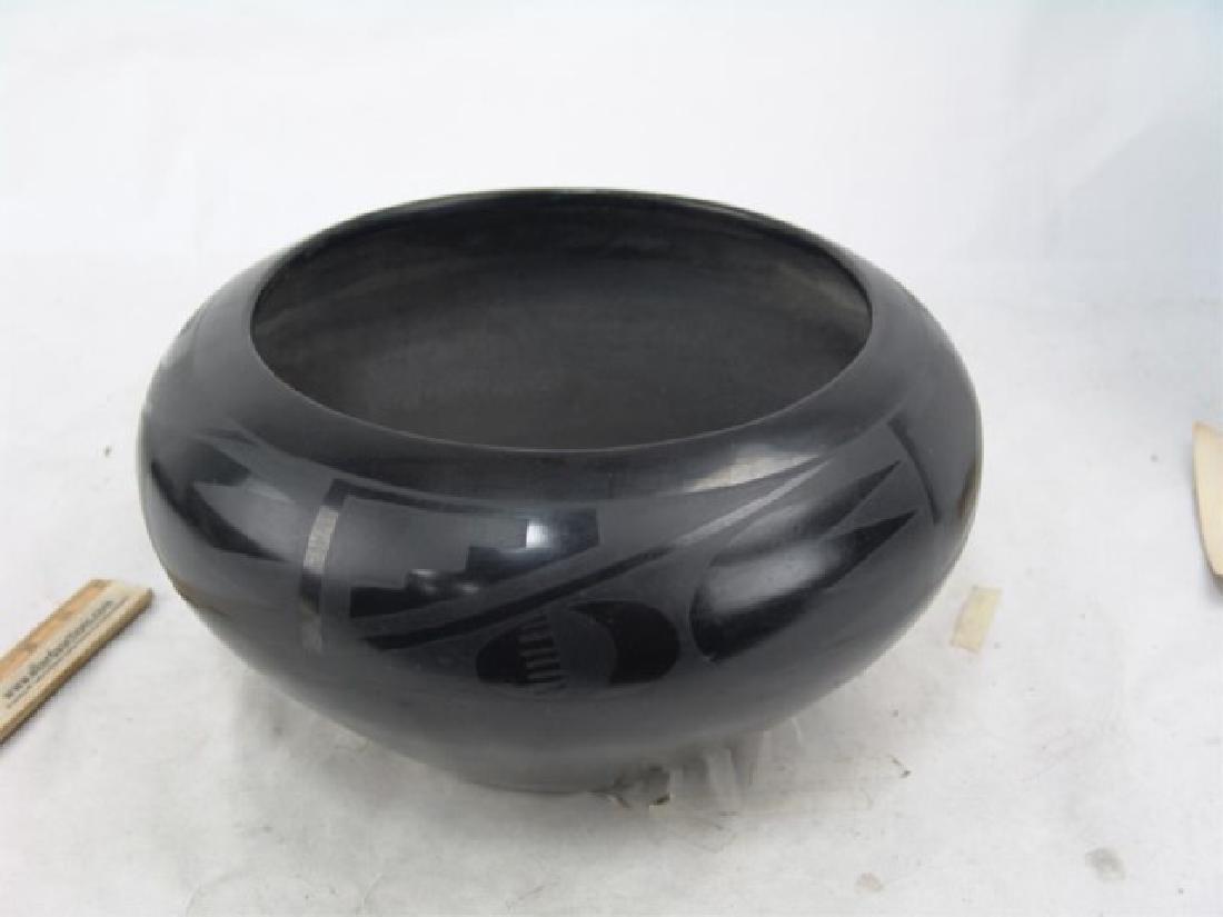San Ildefonso Pottery - Maria Martinez (1887-1980) - 2