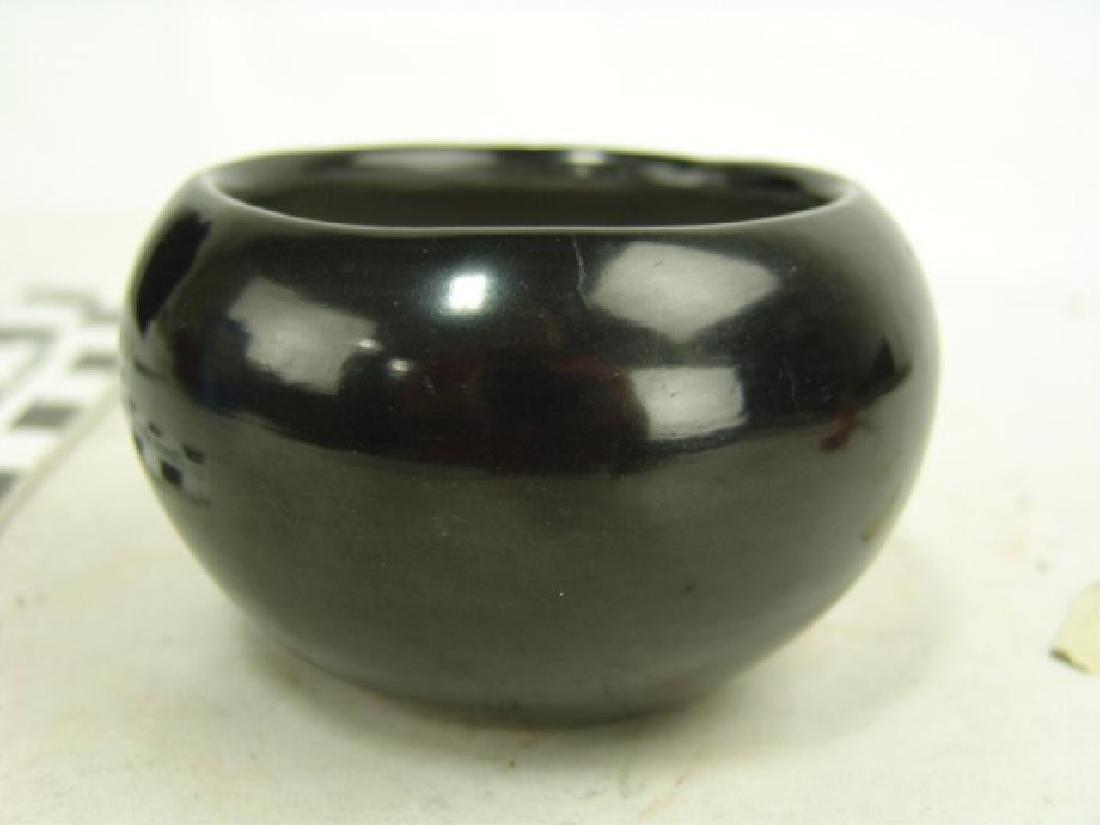 San lldefonso Pottery - Maria Martinez (1887-1980) - 2