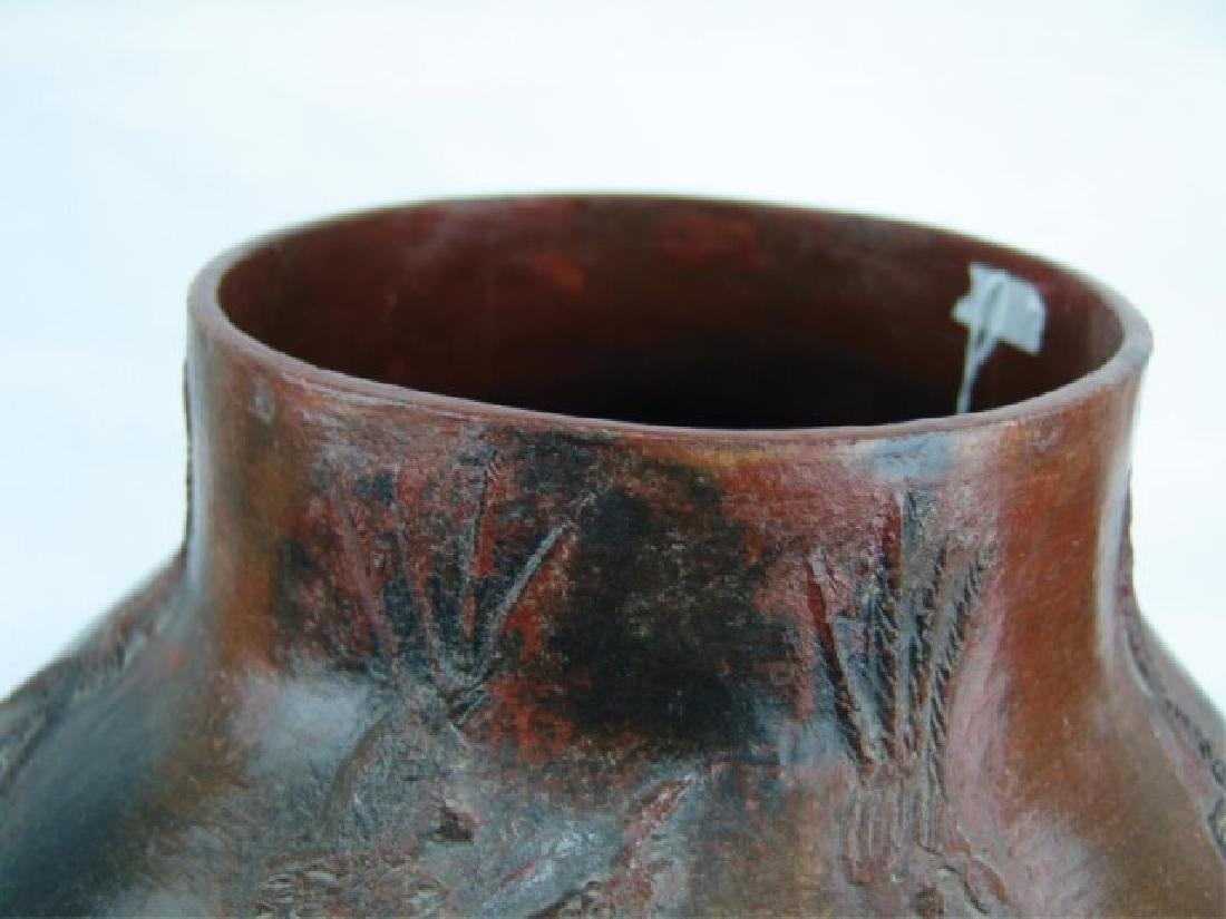 Large Navajo Pottery Jar - Faye Tso (1933-2004) - 5