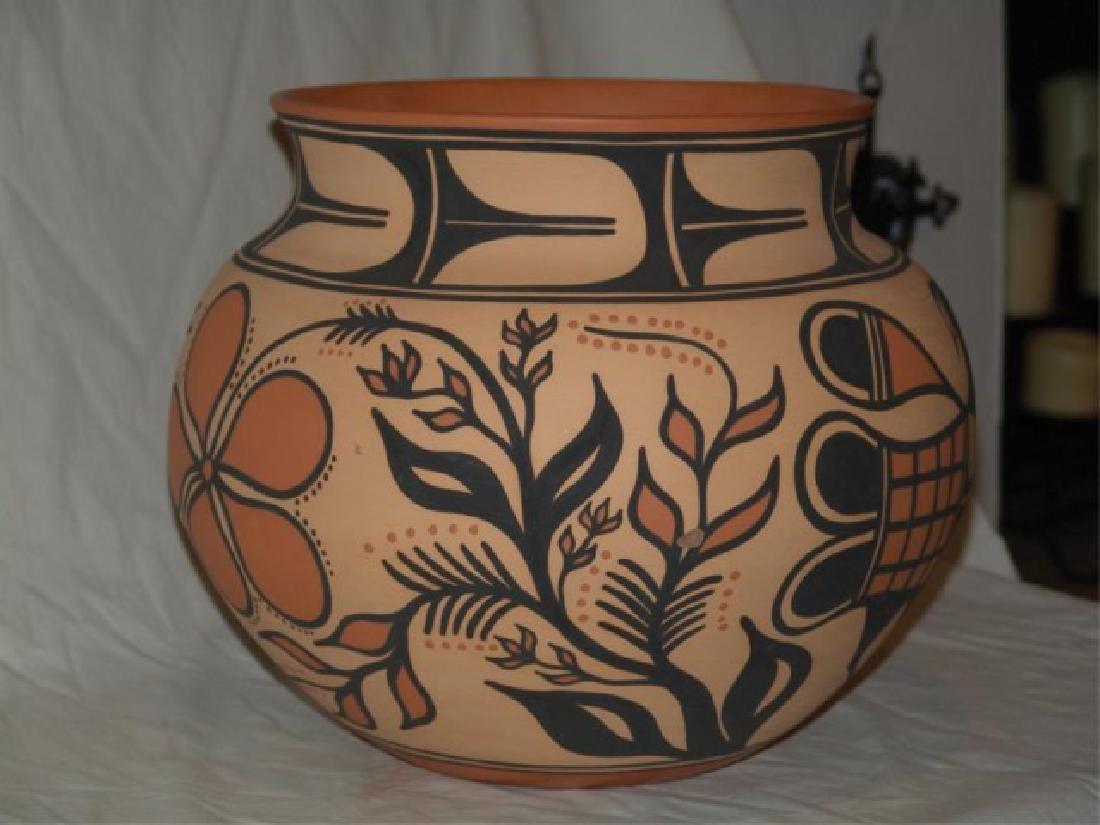 Large Santo Domingo Pottery Jar - Thomas Tenorio - 4