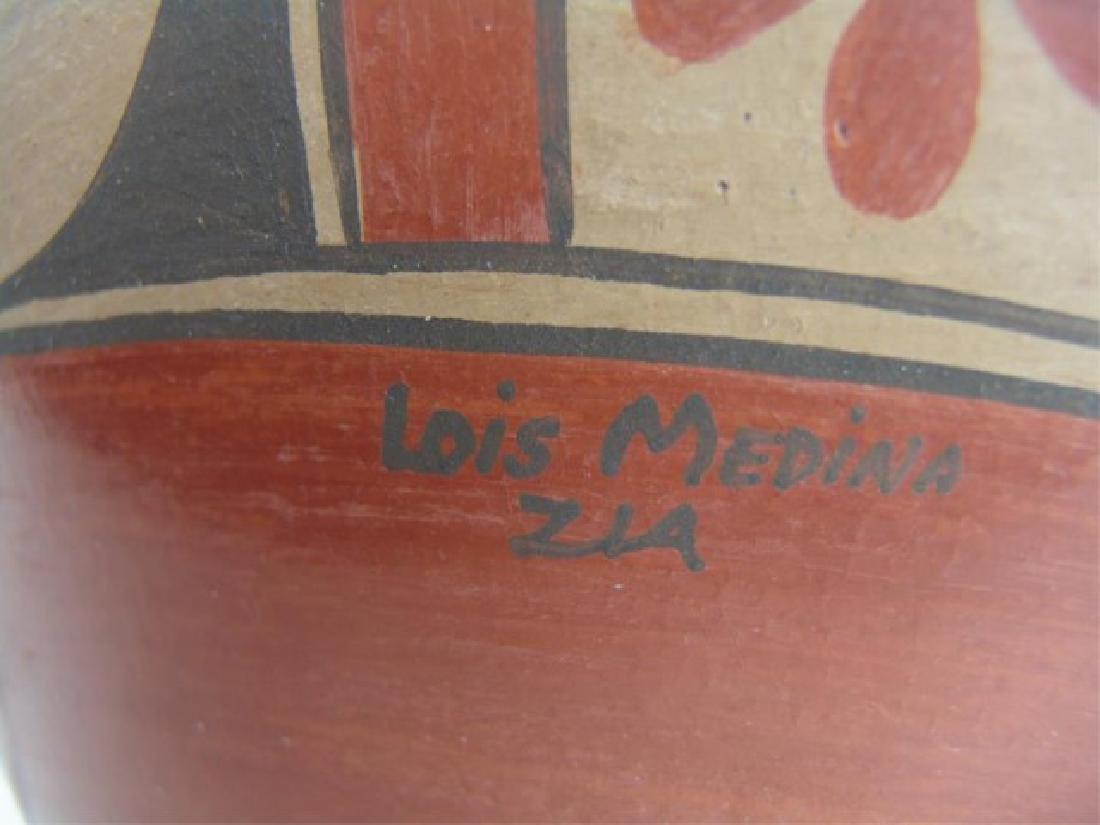 Huge Zia Pottery Jar - Lois Medina (1959-2003) - 10