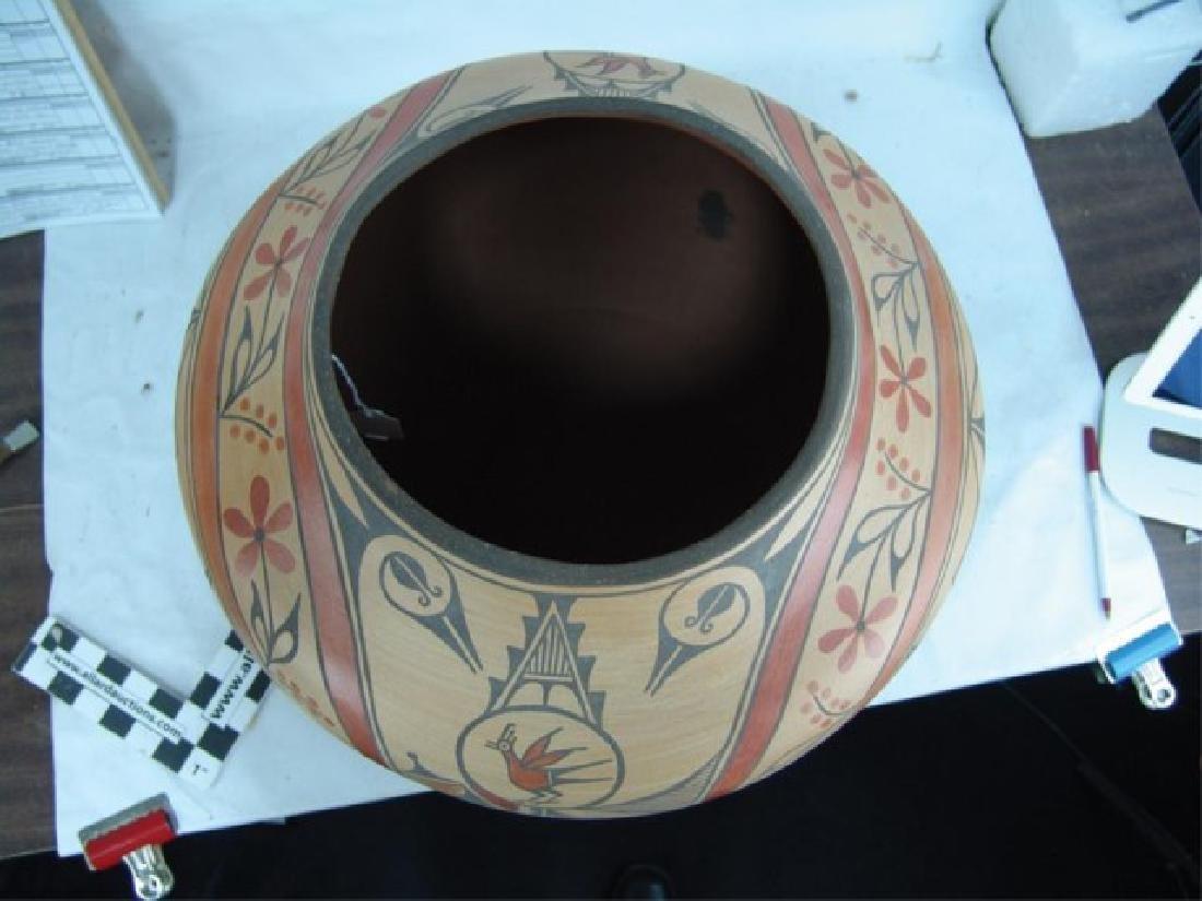 Huge Zia Pottery Jar - Lois Medina (1959-2003) - 12