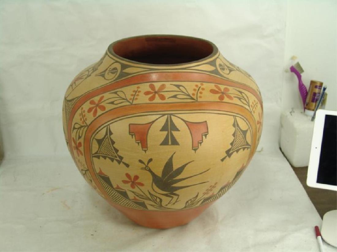 Huge Zia Pottery Jar - Lois Medina (1959-2003) - 4