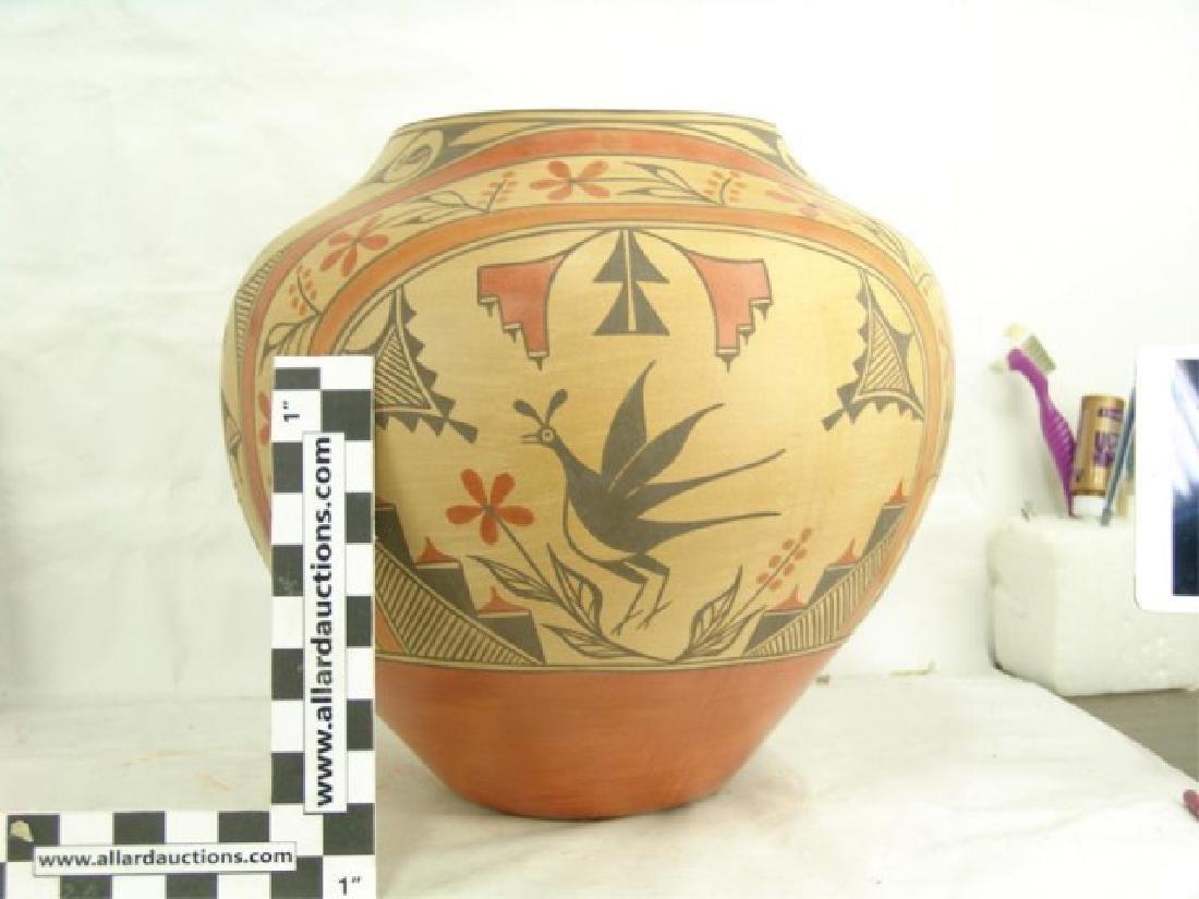 Huge Zia Pottery Jar - Lois Medina (1959-2003) - 6