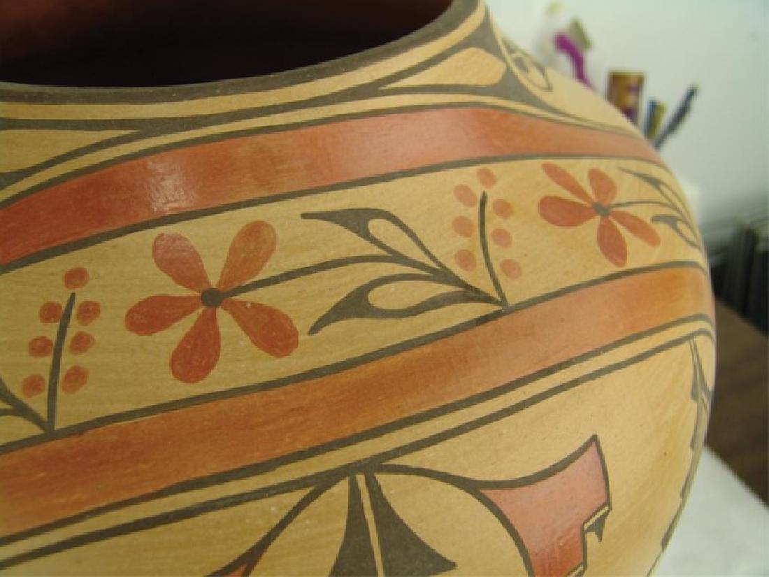 Huge Zia Pottery Jar - Lois Medina (1959-2003) - 7