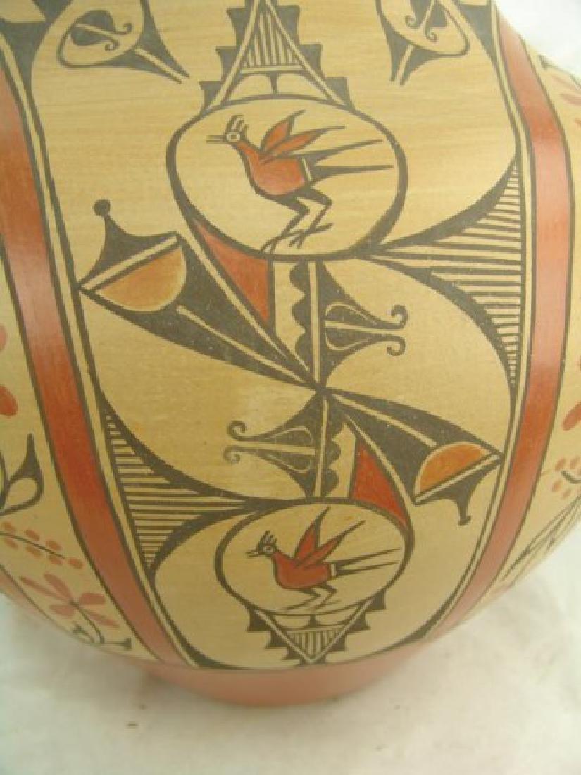Huge Zia Pottery Jar - Lois Medina (1959-2003) - 8