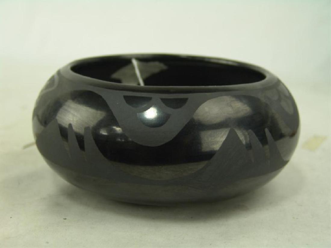San Ildefonso Pottery Bowl - Marie & Santana - 3