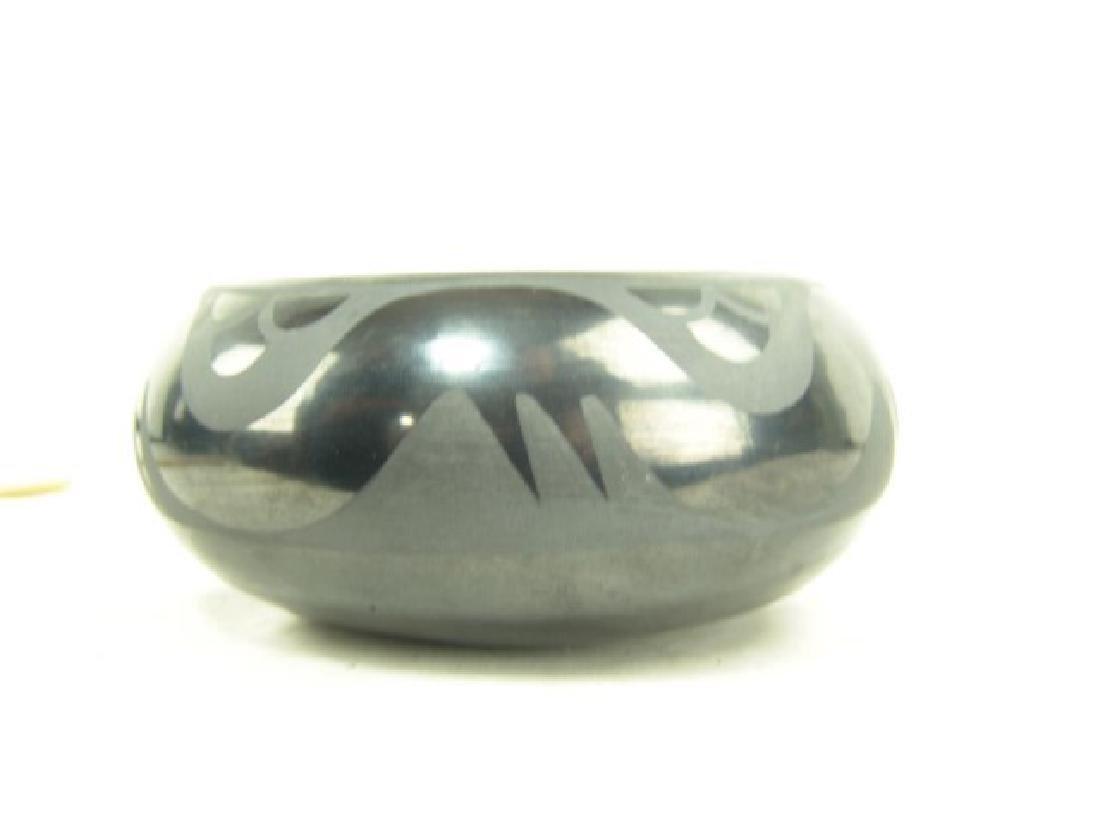 San Ildefonso Pottery Bowl - Marie & Santana - 6