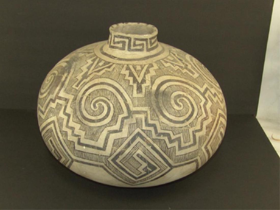 Anasazi Pottery Jar - 2